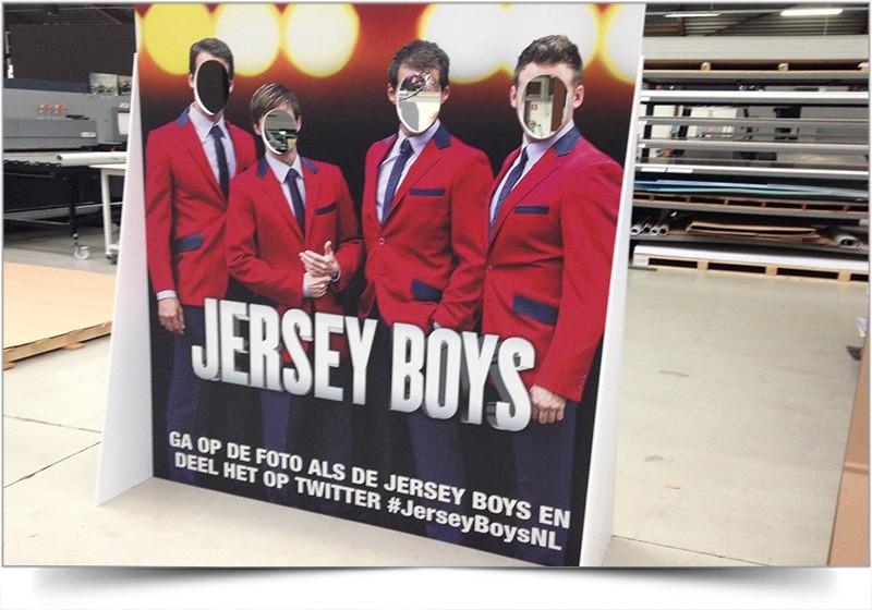 Lifesize display Jersey Boys
