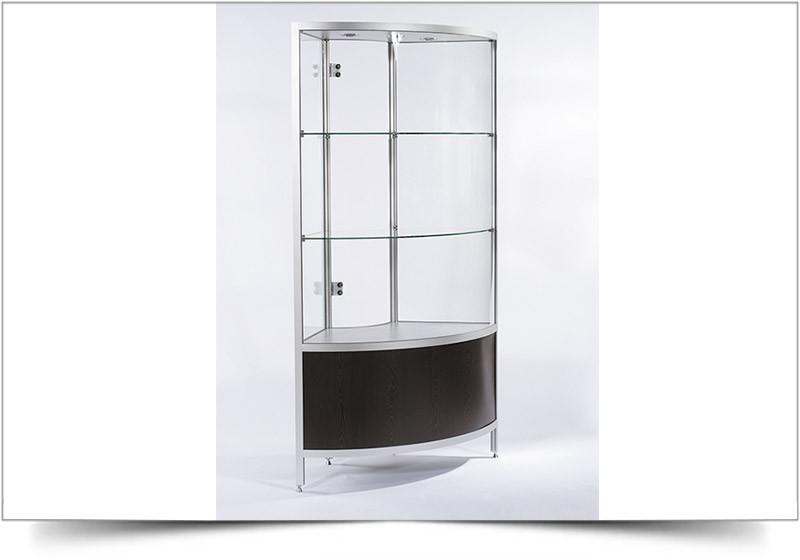 verhuur-hoge-vitrinekasten-corbu